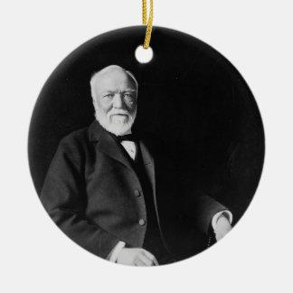Retrato del filántropo Andrew Carnegie Adorno Navideño Redondo De Cerámica