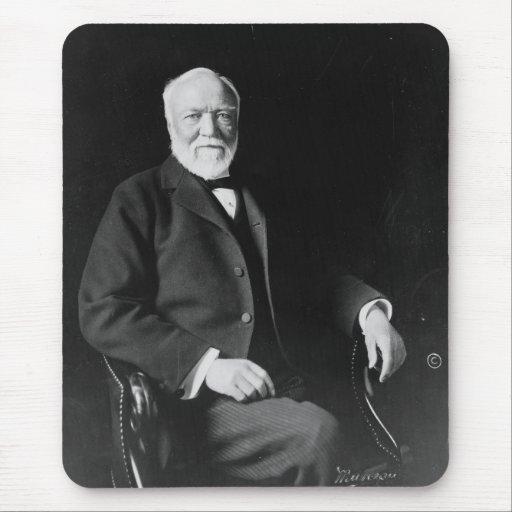 Retrato del filántropo Andrew Carnegie Mouse Pads