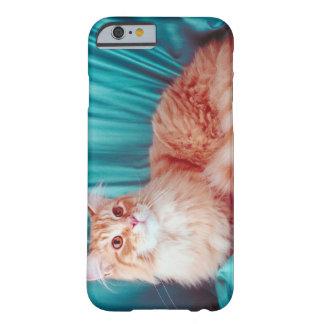 Retrato del gato funda para iPhone 6 barely there