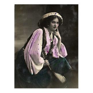 Retrato del vintage de un chica gitano tarjetas postales