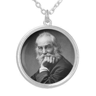 Retrato esencial de Walt Whitman Collar Plateado