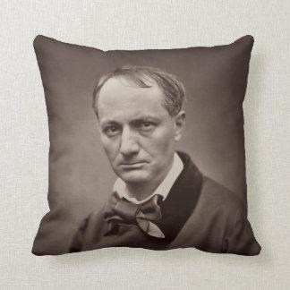 Retrato Étienne Carjat de Charles Pedro Baudelaire Cojín