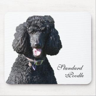 Retrato hermoso de la foto del negro del perro de  alfombrillas de raton