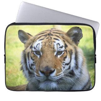 Retrato hermoso del tigre funda computadora