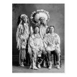 Retrato indio del grupo del cuervo, 1900s postal