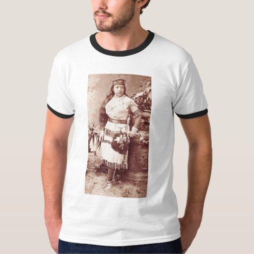 Retrato indio del vintage del nativo americano playera