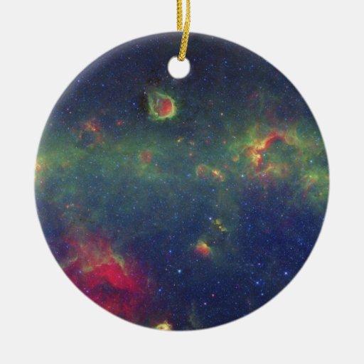 Retrato infrarrojo de la galaxia interna de la vía ornamento de navidad