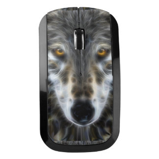 Retrato inspirado del lobo en la mano ratón inalámbrico