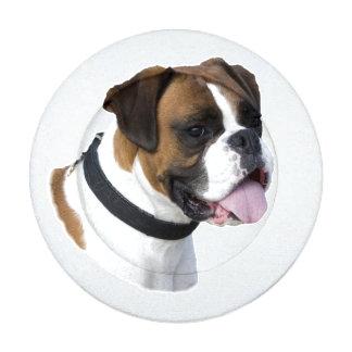 Retrato lindo del mascota del perro del boxeador