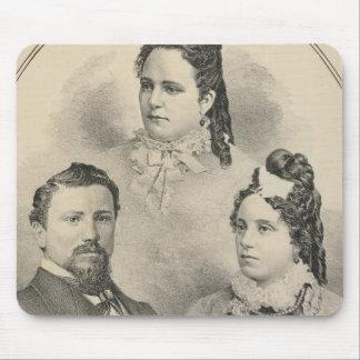 Retratos de la familia de Curtiss y de Todd Mousepads