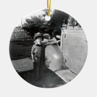 Retro 50s ceramic ornament