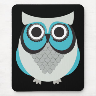 Retro Beautiful Owl Mouse Pad