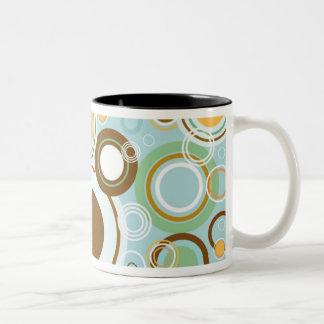 Retro Bubble Pattern Two-Tone Coffee Mug