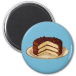 Retro Cake Magnet