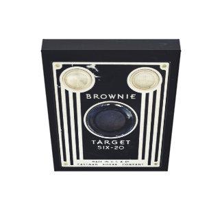 Retro camera kodak brownie target canvas print