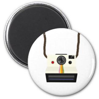 retro camera with strap magnet