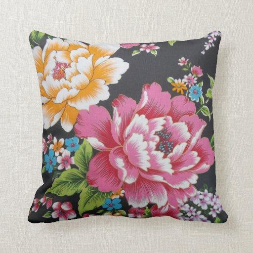 Retro Chinese Hakka Traditional Floral Pattern Throw Pillow