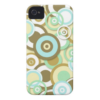 Retro Circle Targets Pattern in Muted Colors iPhone 4 Case