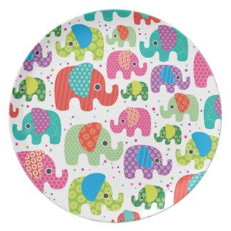 Retro elephant pattern illustration birthday plate