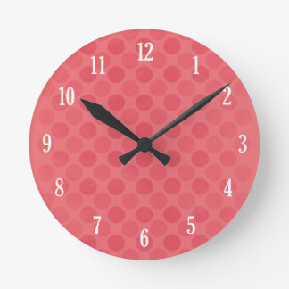 Retro faded red circles pattern round clock