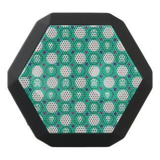 Retro Fun Green Skull Pattern Black Bluetooth Speaker