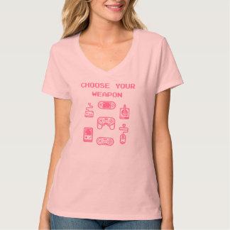 Retro Gaming T-shirt: Choose Your Weapon Pink T-Shirt