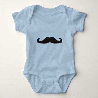 Retro gentelman mustaches illustration t-shirt