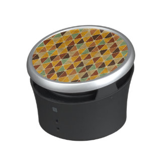 Retro geometric pattern 3 speaker