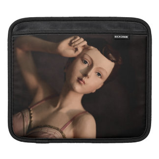 Retro Girly Vintage Glamour Girl Mannequin Fashion Sleeve For iPads