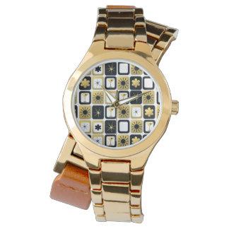 Retro Glamorous Gold Watch