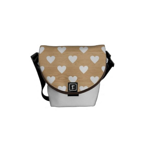 Retro hearts wood background girly heart pattern messenger bags