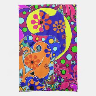 Retro Hippie Cat Flower Power Pop Art Towel