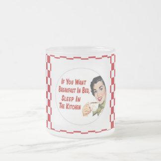 Retro Housewife BREAKFAST IN BED Glass Mug