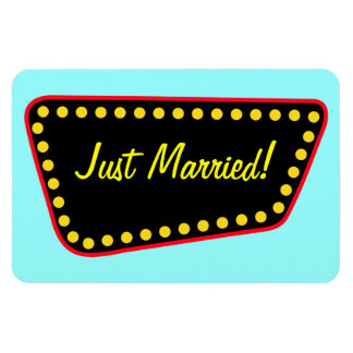 Retro Just Married Magnet