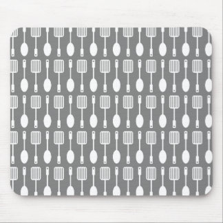 Retro Kitchen Cooking Utensils Pattern Mouse Pad