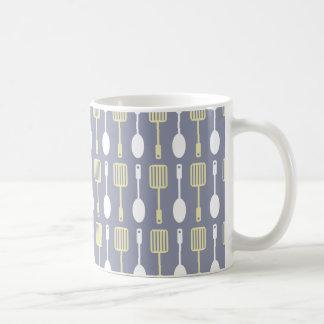 Retro Kitchen Cooking Utensils Pattern Classic White Coffee Mug