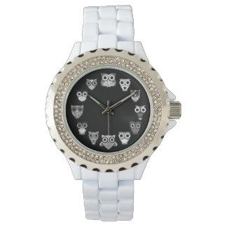 Retro Owl in Black & White Wrist Watch