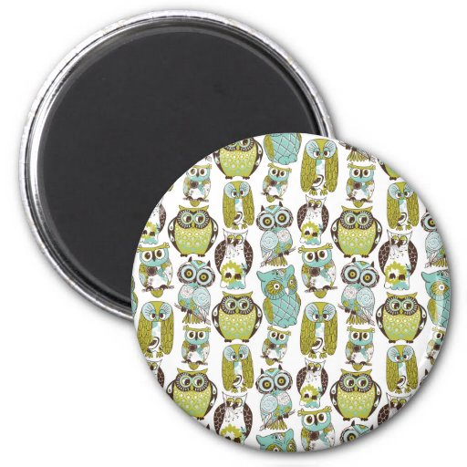 Retro Owl pattern cute funny background 2 Inch Round Magnet