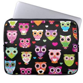 Retro owl pattern laptop sleeve