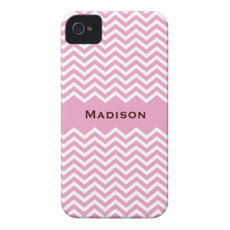 Retro pale pink chevron pattern BlackBerry case
