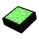 Retro pattern. Circle design in green. Keepsake Boxes