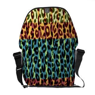 Retro pattern leopard fur texture courier bag