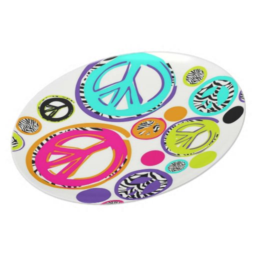 Retro Peace Signs Dinner Plate