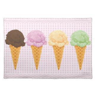 Retro Pink Gingham Ice Cream Cones Placemat