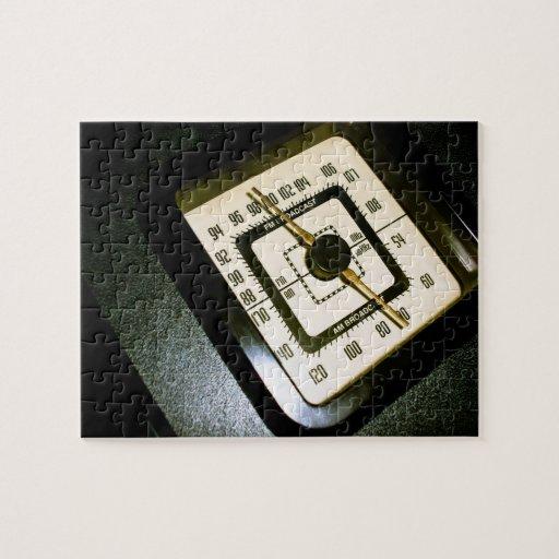 Retro Radio Dial 03 Puzzle