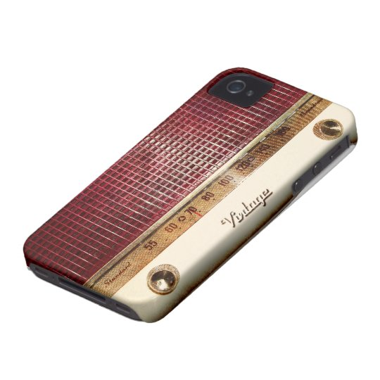 Retro radio iPhone 4 cover