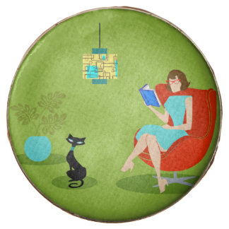 Retro Reading Woman Dipped Oreo Cookies