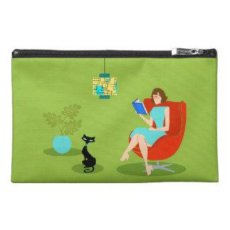 Retro Reading Woman Travel Accessory Bag