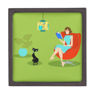 Retro Reading Woman Wooden Gift Box