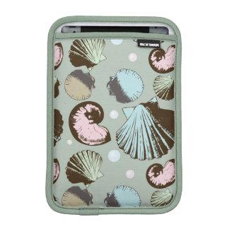 Retro Seashell Pattern iPad Mini Sleeves